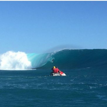 Looks like the big boys got out their big boards in Fiji last night our time. #crazy