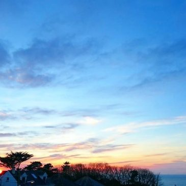 The sun's starting to set on what was a beautiful day here in North Cornwall