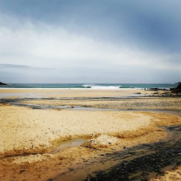 Some pretty fun looking waves down at harlyn this morning.