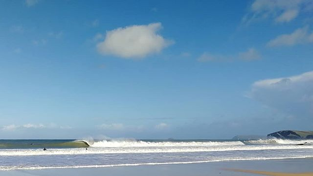 Love a Monday, even if I can't surf this one.