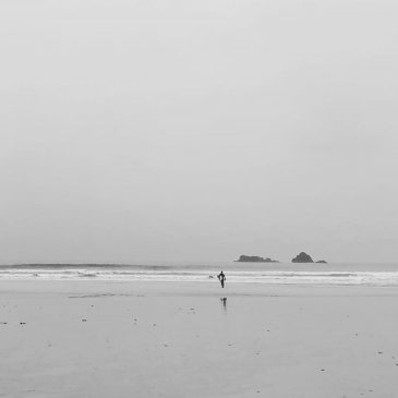 Christmas day solo surf.