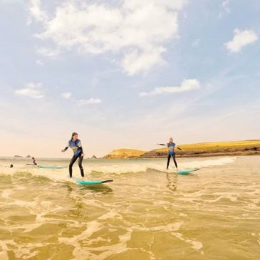 Dream conditions at boobys bay this week. #trevosehead #padstow #cornwall #constantinebay #constantinebaysurfschool #surfschool #surfingcornwall #summerholidays