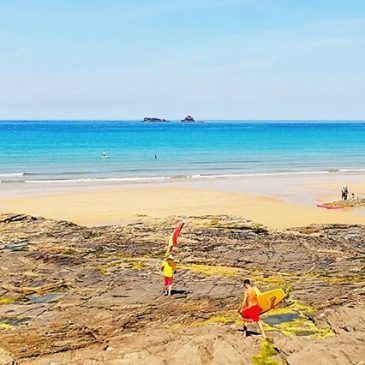 #boobysbay is our own slice of secluded paradise. I would like to say a massive thank you to Sam & Charlie @rnlilifeguards_padstow The hard work they do keeping everyone informed, educated and safe let's us do what we do. This beauty of a beach can be a beast. Thanks for making us feel like part of the team.