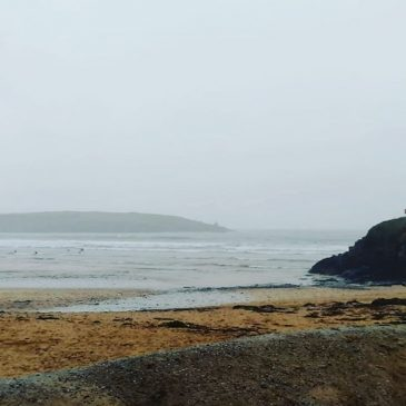 #surf and #weather updated The flooding has receded but its still wet and there's light rain falling. Surf is 3ft at harlyn, messy lumpy but some fun sections.