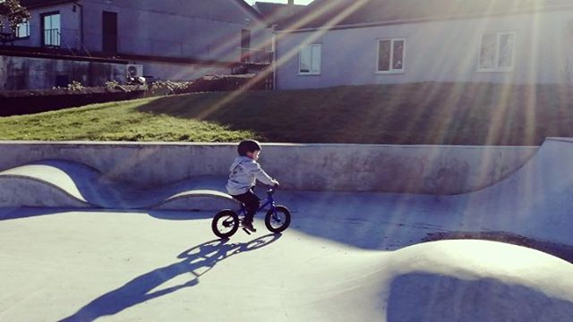 Laps of #padstow skate park. At the moment dry days are more about this and rarely getting a surf in.