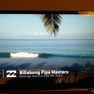 Pipeline looking pretty fun to me. The Pipe masters, Pipe invitational (trials for the main event) should be starting in about 5 minutes.