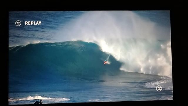 Jaws is on. You can watch the surfing @wsl It's the craziest thing you'll ever watch