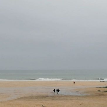 Surf has cleaned right up from this morning at #harlyn again