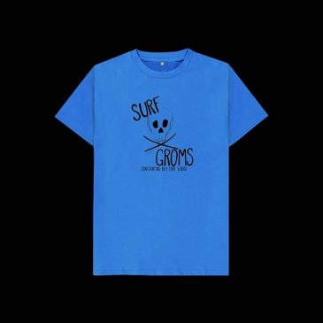 Surf groms kids tshirts. Free postage this weekend on all tshirts and sweats. Our tshirts and sweats are all printed to order in a renewable energy smart factory, using robots to enable social distencing to keep going